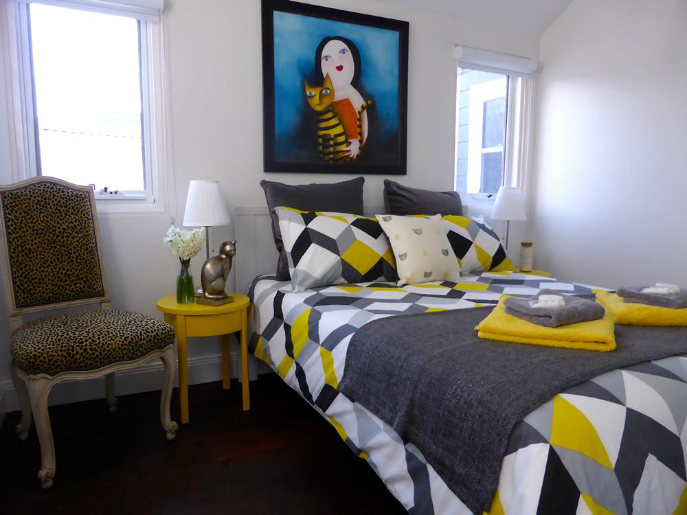 Fabulous Feline Guest Room | www.thesmallworld.com.au